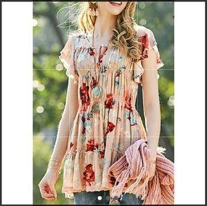 Tops - Plus size romantic tunic
